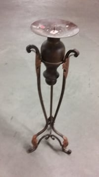 Candle stand - Chandelier Ville St Laurent $5 Montreal