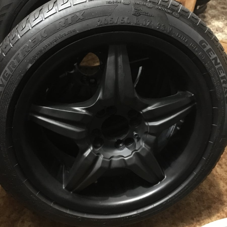 universal 4 holes 205-50-17 rubber tires with rims