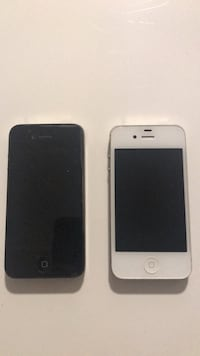two black and white iPhone 4's 3749 km