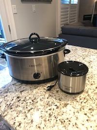 8 Qt. stainless steel Crock-Pot & Little Dipper Whitby, L1R 3H8