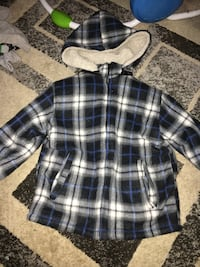 Size 6 thick flannel coat  Saginaw, 48609