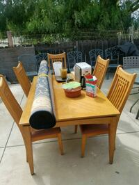 Dining table with 5 chairs used Ventura, 93001
