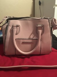 Baby pink Steve Madden purse San Tan Valley, 85140