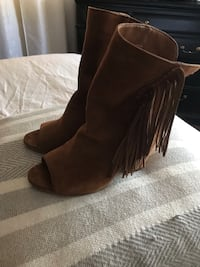 Dolce vita fringe booties size 8 Peoria, 61603