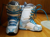 Ladies DC Snowboard Boots - size 9 North Vancouver, V7H