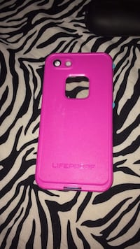 Pink otter box iphone case Concord, 03301