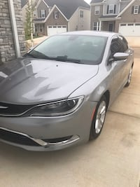 Chrysler - 200 - 2015 538 mi