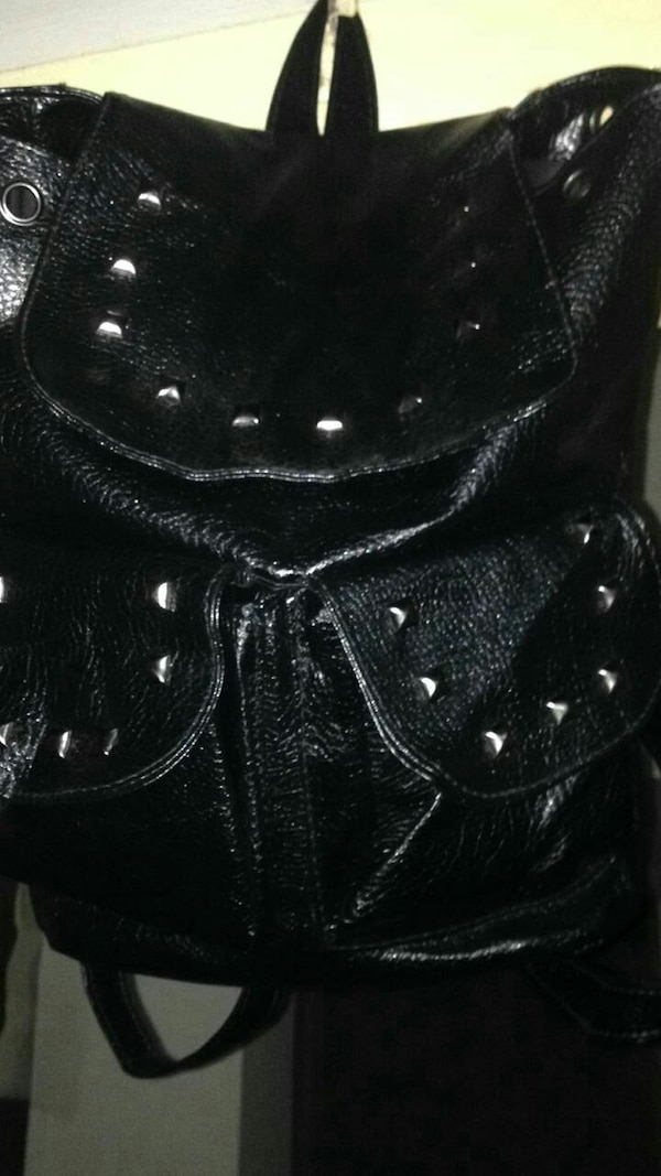 Pure Leather beg