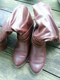 pair of brown leather boots size 7.5 Ellicott City, 21042