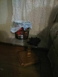 Two end tables ,will not seperate,selling as set,n
