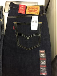 Men's dark blue Levi's Bend, 97701
