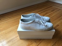 COMMON PROJECTS SNEAKERS. SIZE 11. Vancouver, V6H 1M2