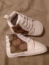 Size 2 6/9 M Unisex White Brown Baby GUCCI Shoes Warren, 48093