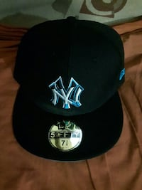full back hat 7 and 3/8 size - new NewEra
