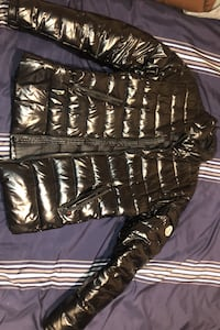Moncler Montreal, H1S 1M2