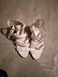 pair of white leather open-toe sandals Edmonton, T5Y 3H7