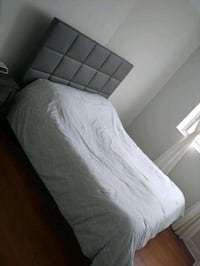 Queen bed frame  Toronto, M6S 2T2