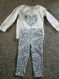 Toddler girls 2 piece outfit Calgary, T3N 0E4