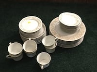 Dinnerware set Castle Hayne, 28429