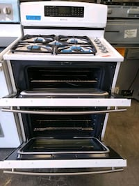 gas stove and Electric oven double oven new scratch and dent jenn-Air
