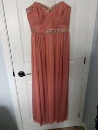 Amazing Blush Pink Strapless Gown - Size 10 St. Catharines, L2P 3N9