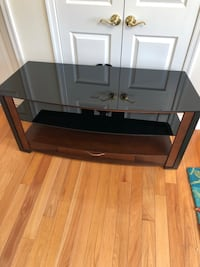 Wood and Glass Media- Console table Port Monmouth, 07758