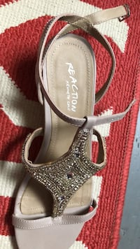 Kenneth Cole wedge sandals New Orleans, 70119