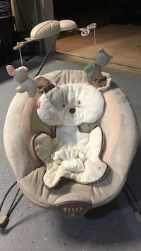 Baby vibrating and music chair. Like new   Gardner, 66061
