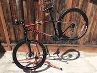 2017 Giants Talon 3 Medium frame 27.5 wheels and tires hydraulic oil disc brakes super clean bike excellent condition  San Jose, 95132