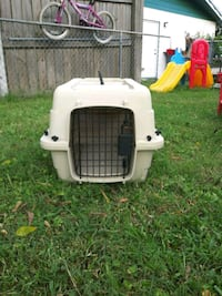 white and black pet carrier Titusville, 32780