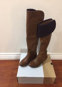 Pair of brown leather boots size 6 Surrey, V3R