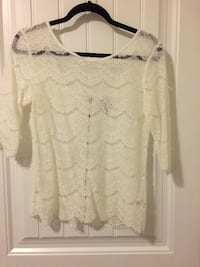 Lace Top Size Medium Edmonton