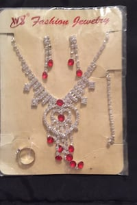 Brand New Necklace Bracelet Earrings and Ring Set Albuquerque, 87112