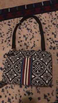 black and white floral crossbody bag Falls Church, 22041