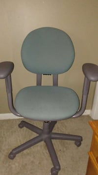 grey base teal padded rolling chair Gaithersburg, 20878