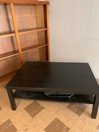 Coffee table/ TV stand good condition from IKEA