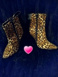 AXNY Karen Animal Print Wedge/Ankle Boots Size 7.5 M. New Never Worn! Omaha, 68106