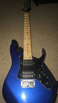 blue small electrical guitar  Hershey, 17033
