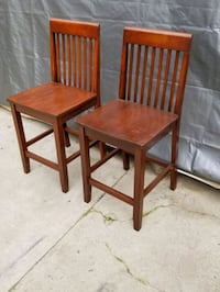 2 counter height barstools