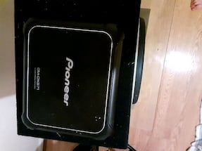 1600 watt pioneer amp and power acoustic 12in sub in box. Pristine