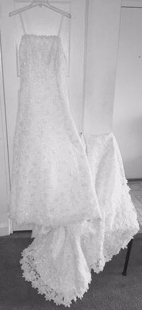 white lace long-sleeved wedding gown Temple Hills, 20748