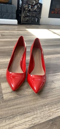 Red Patent Pointed Pumps Pasadena, 21122