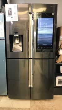Samsung black stainless steel/ brand new/ small dent / West Palm Beach, 33409