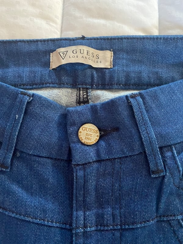 Guess jeans  2df9582c-13e0-43be-b565-ce446224dd66