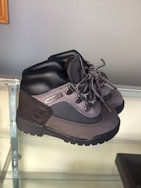 black-and-gray Timberland high-top shoes Toronto, M9N 1V8