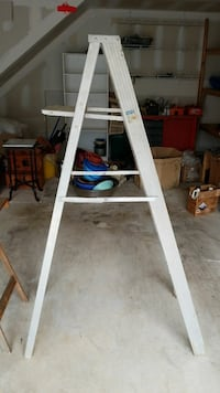 gray steel utility ladder Vienna, 22182