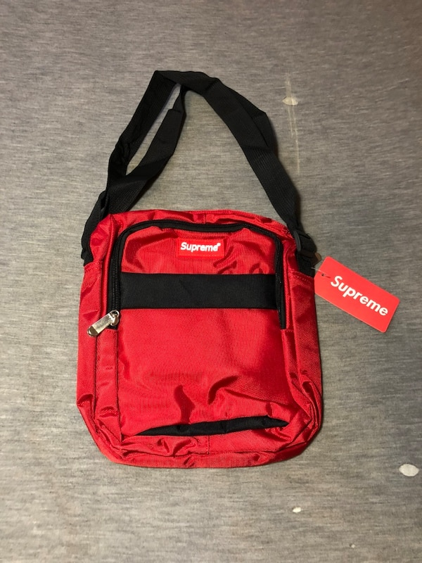30c85c6f665599 Used red and black Supreme backpack for sale in Oakland - letgo
