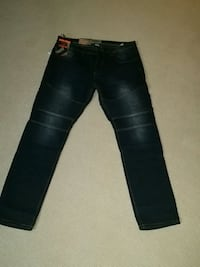 Brand New Men's Denim Jeans Edmonton