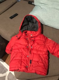Like new GAP winter coat size 18-24 months Vaughan, L4H 0H3