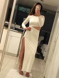 White Cut Out Evening Gown - US 8 Vancouver, V6B 0A2